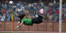 تقرير بالفيديو | تعرف على أغرب المهارات في تاريخ كرة القدم..احداهم من إختراع عربي