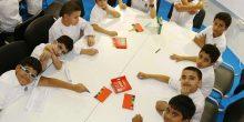 بالصور: أطفال من الإمارات يعبرون عن الوجه الحقيقي للسعادة