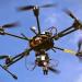 طائرات بدون طيار في دبي لتنظيف الشواطئ والمناطق الجبلية من النفايات