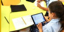 """مدرسة """"أركاديا"""" في دبي تعوض ثقل الكتب المدرسية بأيباد لكل طالب"""