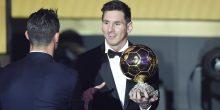 تقرير | لماذا ميسي قد يصدم رونالدو ويخطف منه الكرة الذهبية ؟!