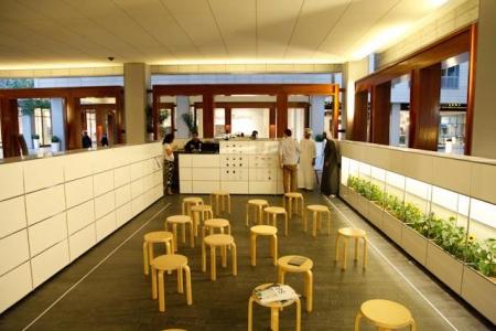 مطعم مجازين شوب – مركز دبي المالي العالمي
