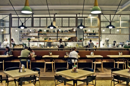 مطعم كومون غراوندز – البرشاء