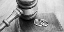 تسب زوجها في الطريق العام وفي مقر عمله للحصول على الطلاق
