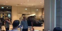 بالفيديو | دبابة تتجول في دبي مول وتثير الذعر