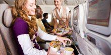 كيف يختار سكان الإمارات شركة الطيران المناسبة لهم عند السفر؟
