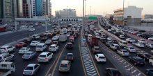 الازدحامات المرورية تسبب هدرًا للوقت والمال في دبي