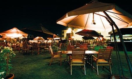 مطعم ذا فيليج كلوب – ال نهيان