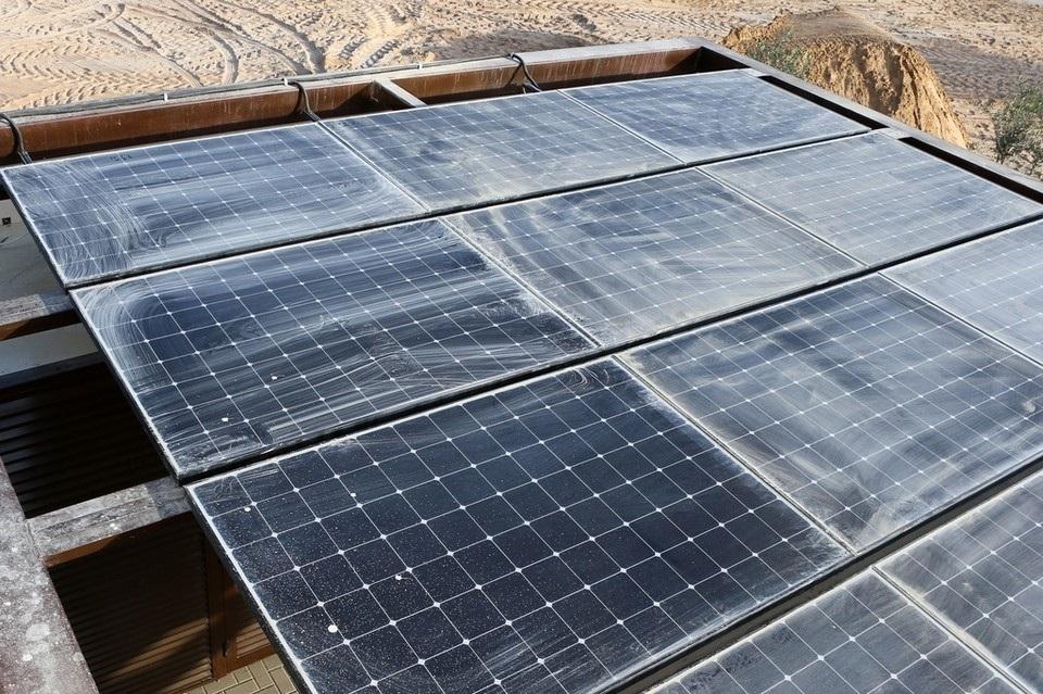 منازل بالطاقة الشمسية في الإمارات