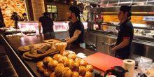 استمتع بتجربة طعام شديدة التميز في أبوظبي من خلال مطعم Nusr-et Steakhouse