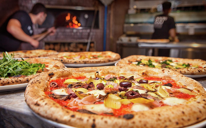 مطعم 800 Pizza