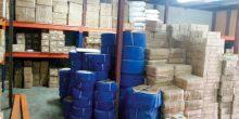شرطة دبي تضبط مئات الآلاف من البضائع المقلدة بمستودع في منطقة ند الحمر