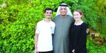 سعود بن صقر يكرم طالبين متفوقين في أكاديمية رأس الخيمة