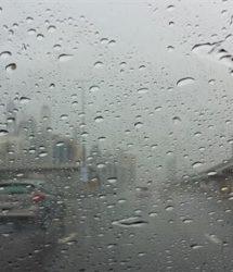 دبي | 479 حادثا مروريا بسبب الأمطار