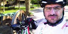 مهندس كويتي يجوب إمارات الدولة على دراجة