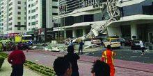 شارع الشيخ زايد | سقوط رافعة على 3 مركبات