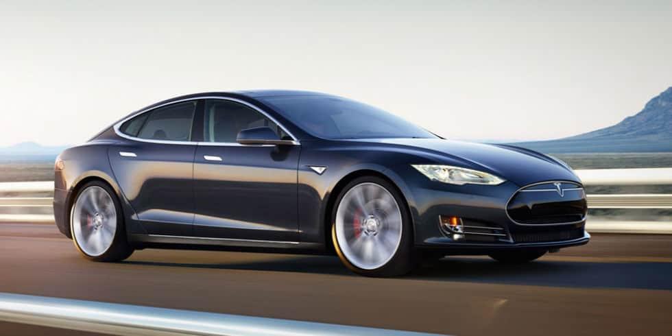 سيارات كهربائية في الإمارات