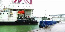 الإنقاذ البحري ينقذ سفينة كادت أن تصطدم بجسر رأس الخيمة