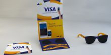 نظارة شمسية للدفع الإلكتروني بدلاً من البطاقات البنكية