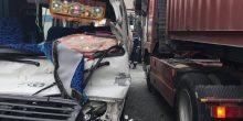 إنقاذ 3 محشورين في مركباتهم بسبب حوادث سير بدبي