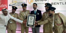 """شرطة دبي تدخل """"جينيس"""" للأرقام القياسية بأسرع دورية في العالم"""